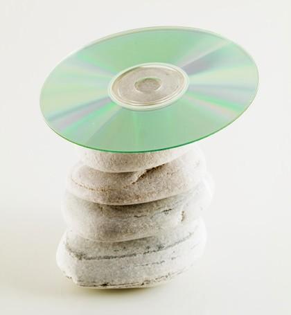 Hypnose CD auf einem Stein